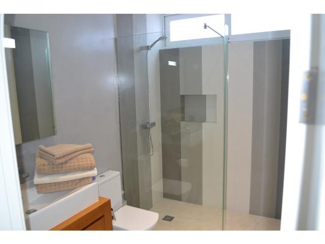 Lower floor second bathroom - Large Villa (Sleeps 10), Puerto del Carmen, Lanzarote